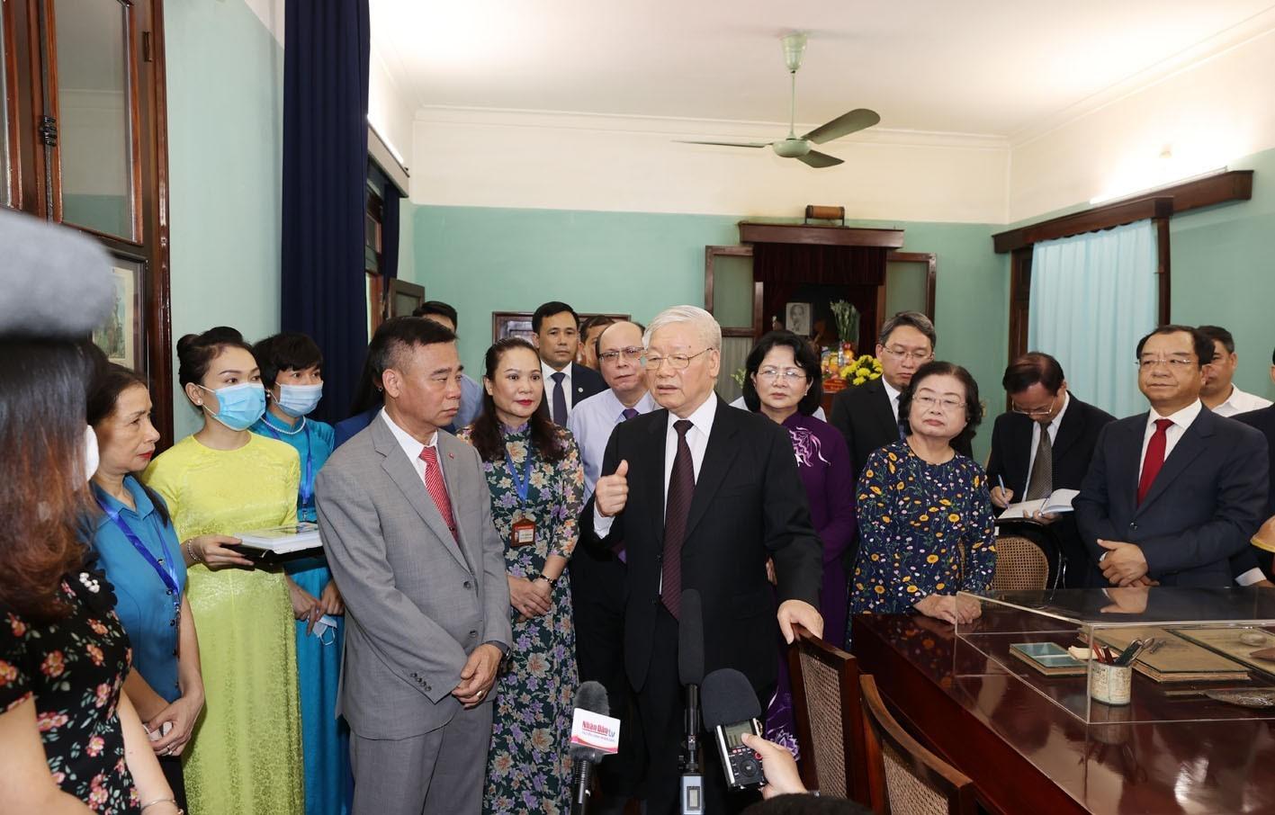 Phát huy vai trò tiên phong, gương mẫu của cán bộ, đảng viên theo tư tưởng Hồ Chí Minh